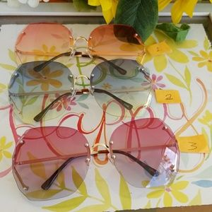 Accessories - Ladies sunglasses sunglas brown lenses   details